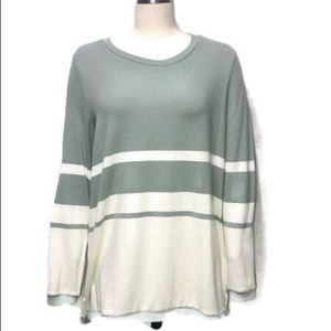 Oversized Pullover Long Sleeve Medium size